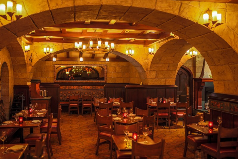 le cellier steakhouse review in epcot s canada