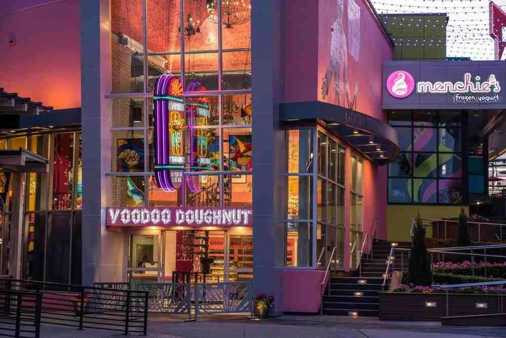 Voodoo-Doughnut-at-Universal-CityWalk-Orlando